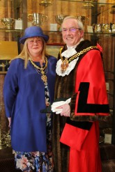MAYOR AND MAYORESS OFFICIAL PHOTO 2016-17 (3)